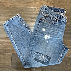 HOLLISTER Distressed Boyfriend Jeans Sz/ 9 / 29